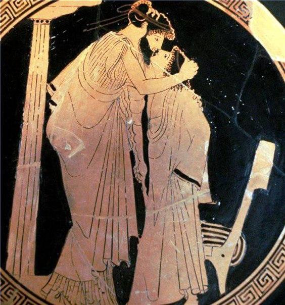 Поцелуй после церемонии бракосочетания пришел к нам из Древнего Рима. Но тогда поцелуй считался не просто красивой традицией, а своеобразной печатью, подтверждающей контракт бракосочетания.
