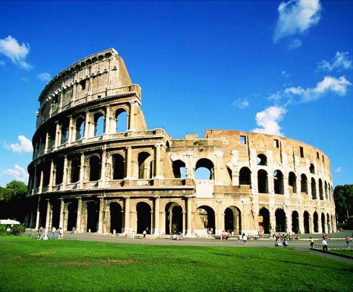Колизей был самой большой ареной и вмещал в себя более 200000 зрителей. Древний Рим — одно из самых величайших государств Античности. Самые интересные факты о Древнем Риме