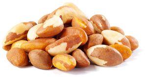 Бразильский орех содержит невероятно большое количество питательных веществ – протеин, клетчатку, селен, магний, фосфор и тиамин.