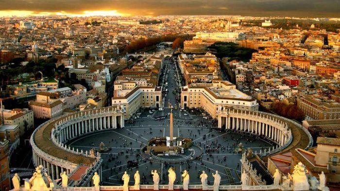 Италия - европейская страна расположена на полуострове. Самые интересные факты об Италии и итальянцах. Ватикан в центре Рима