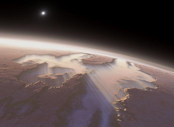 Кроме очень высокой горы на Марсе имеется ну оооочень глубокий каньон, который гораздо глубже и длиннее Большого Каньона в Северной Америке. Этот каньон называется «Долина Меринера».