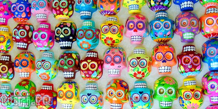 день мертвых в Мексике. Сахарные черепки, украшение кладбищ и память усопшим