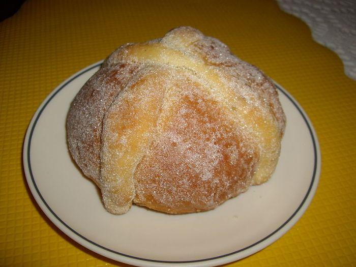Хлеб Мертвых - выпечка ко дню празднования Дня Мертвых в Мексике