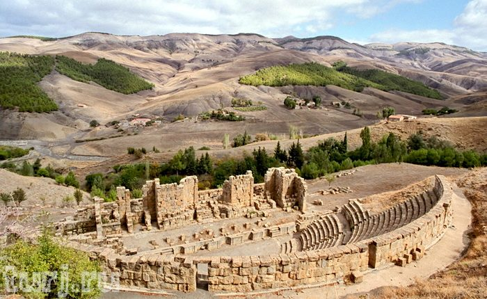 Древний город Джемила. Самые интересные факты об Алжире.