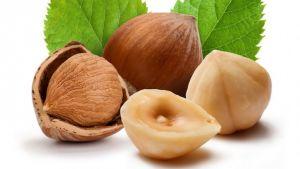 Итак, 10 самых интересных фактов об орехах. Фундук. Польза фундука заключается в том, что он содержит в себе витамины А и Е. Фундук Очень полезен для головного мозга.