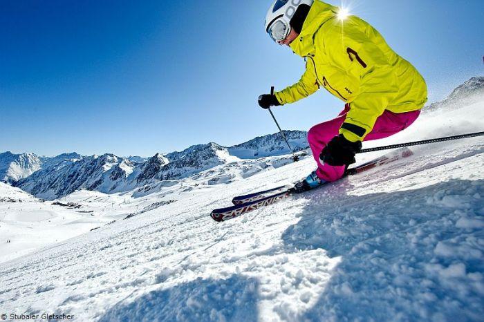 Норвегия, а точнее Королевство Норвегия — североевропейское государство, граничащее со Швецией, Финляндией и Россией. Самые интересные факты о Норвегии, катание на лыжах в Норвегии