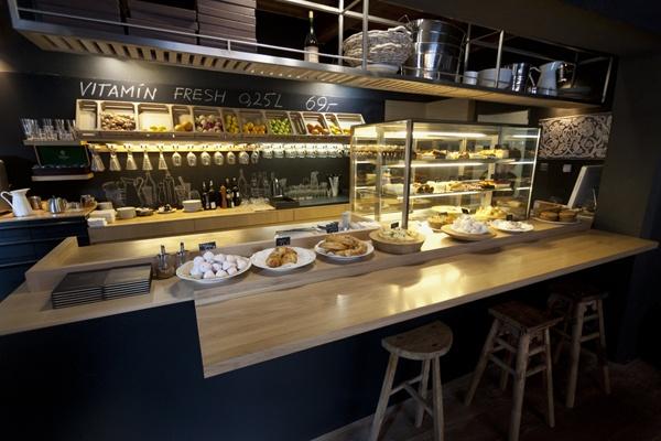 Кафе Cukrkavalimonada В Праге. Столица Чехии всегда готова чем-то удивить своих посетителей. Итак, 10 самых интересных мест чешской столицы.