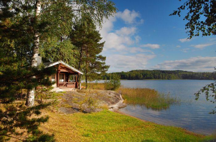 Название страны произошло от шведского слова Finland – «Земля финнов». Самые интересные факты о Финляндии